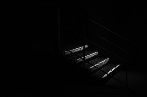 escalera-terror
